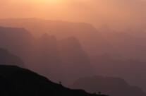 Schattenspiele zum Sonnenuntergang im Simien NP
