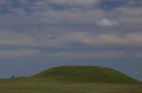 Haus mit Hügel